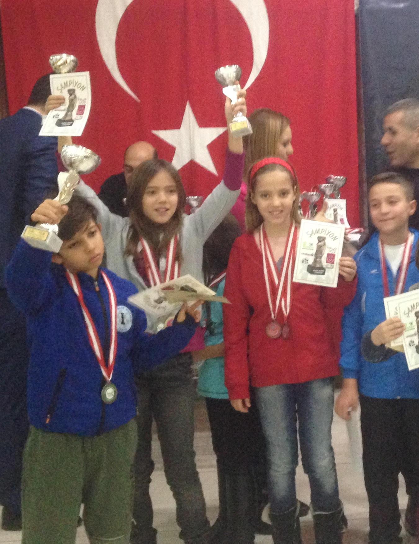 2. Palmiye Satranç Turnuvası'nda Sporcularımızın Başarısı